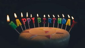 gobelet jetable pour anniversaire
